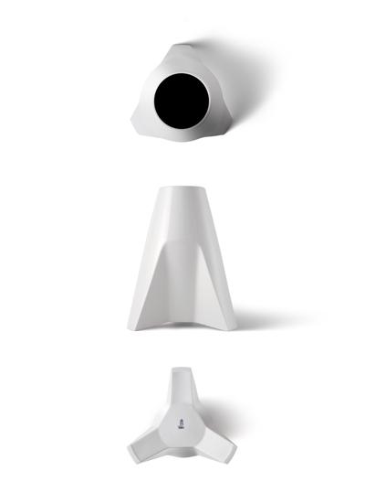 A-Porcelain-Vase-01